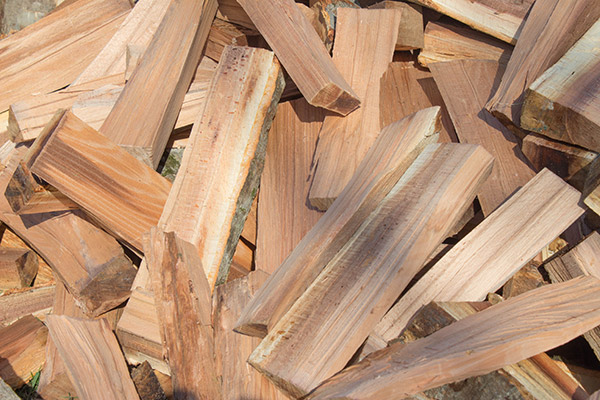 how to season firewood